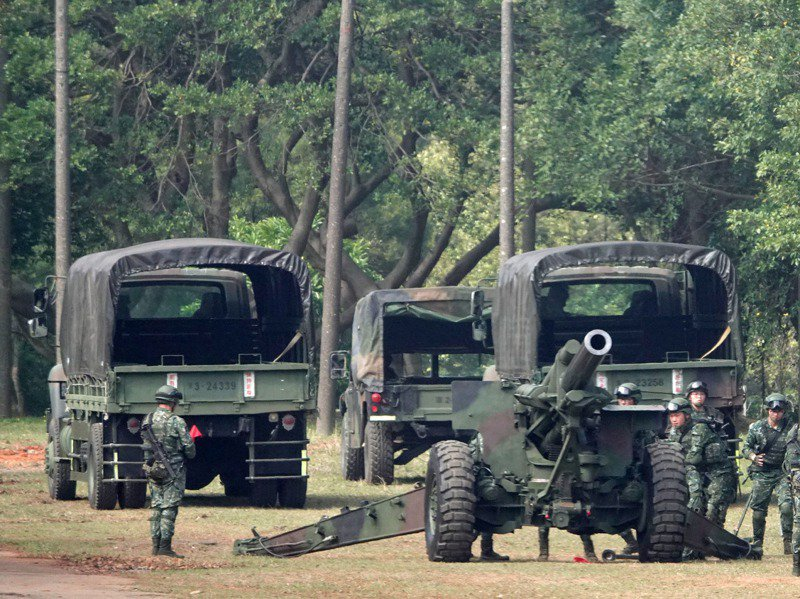 立法院預算中心去年報告指出,陸軍骨幹的步、砲、裝甲等三大兵科,相對仍缺員嚴重。圖/聯合報系資料照片