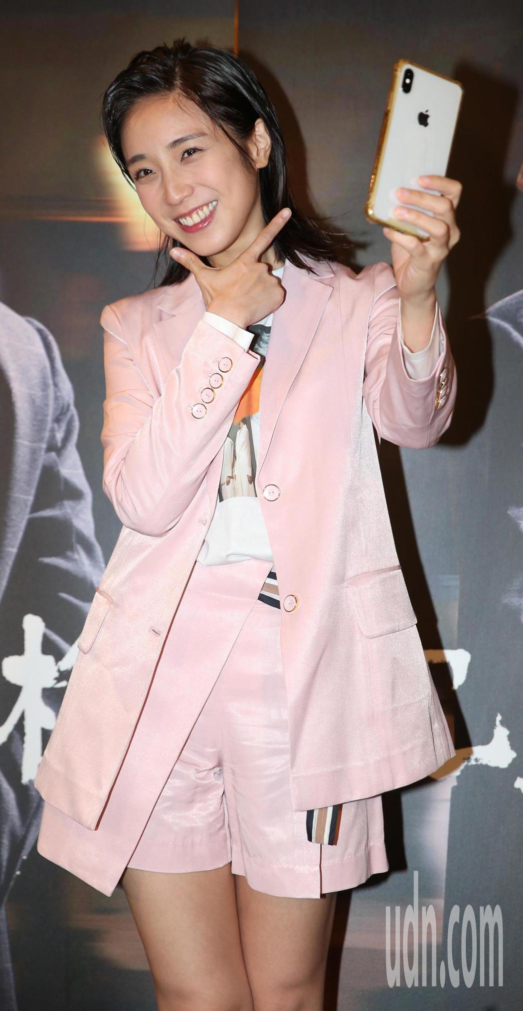 梁舒涵在劇中飾演直播主。記者侯永全/攝影
