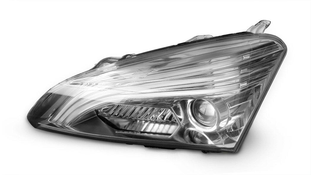 帝寶工業車輛中心共同成立ADB聯盟,將共同開發ADB智慧車燈。業者提供