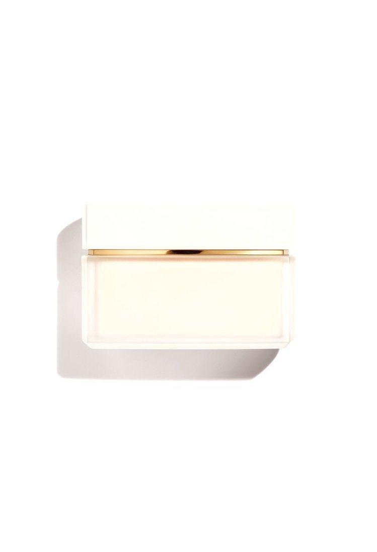 香奈兒N°5潤澤身體乳霜/150g/3,570元。圖/香奈兒提供