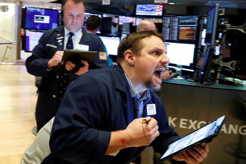 美股四大指數20日早盤走高,投資人正密切關注新一輪紓困方案能否在20日結束前敲定協議。路透