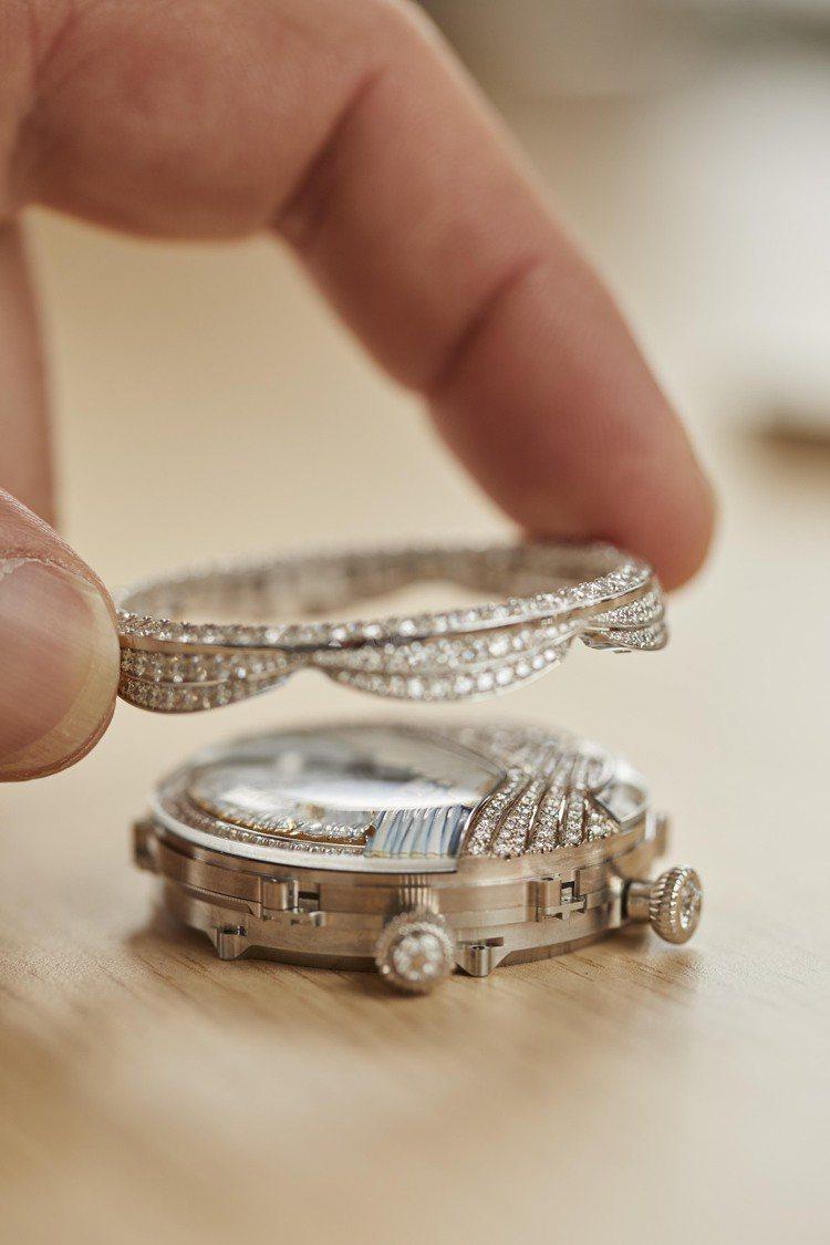 組裝Lady Arpels Ballerine Musicale Diamant...