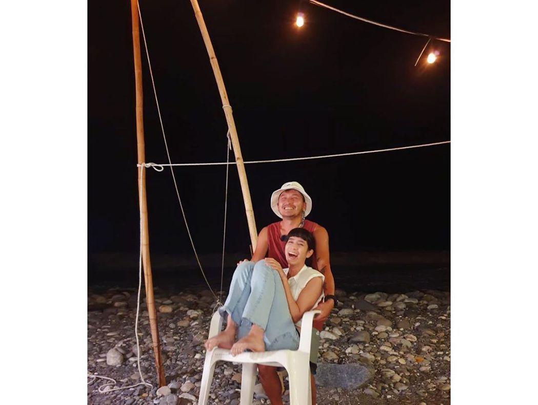 KID與温貞菱在戀愛實境節目「我們戀愛吧」中配對。 圖/擷自温貞菱IG