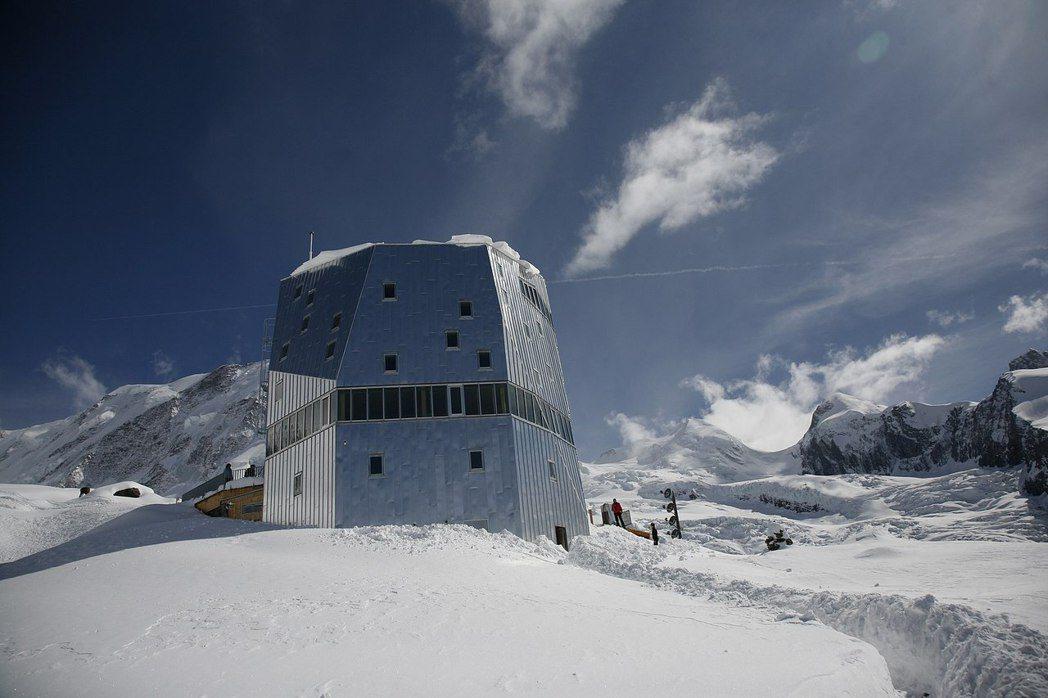 圖為瑞士高山俱樂部(SAC)的Monte Rosa山屋。 圖/維基共享