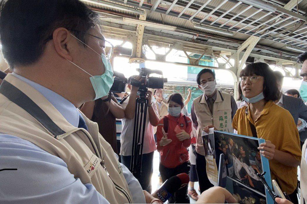 拒拆遷戶的聲援者之一蔡亞涵於10月15日向台南市長黃偉哲陳情。 圖/聯合報系資料照