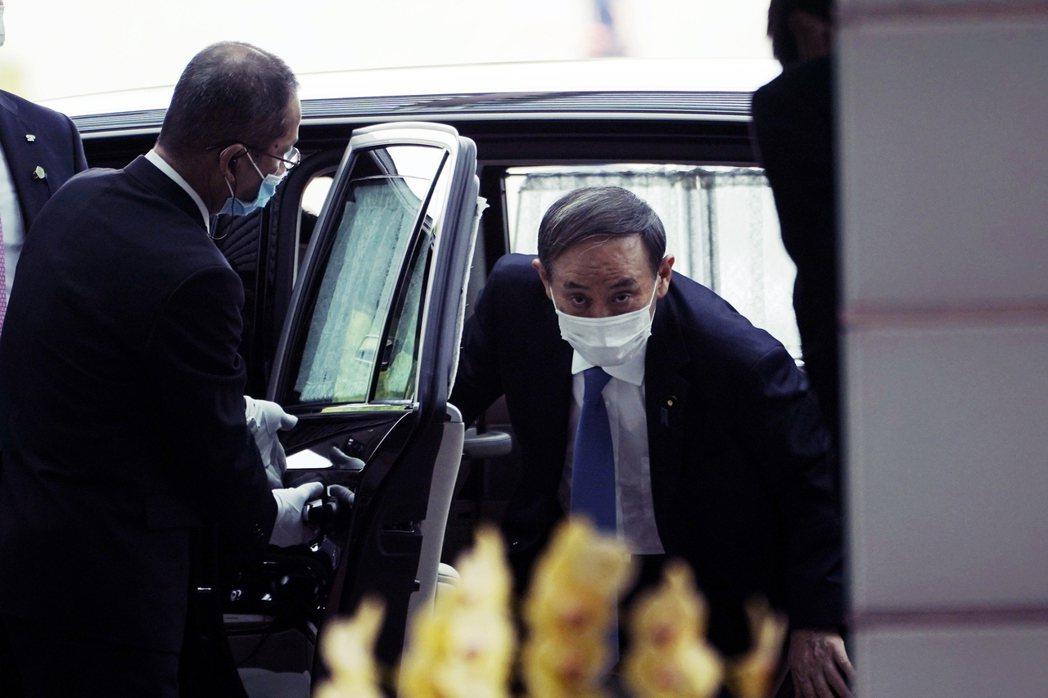 根據NHK民調,菅政權上任後開出了62%的高支持度,卻在事件爆發後下降了7%,另...