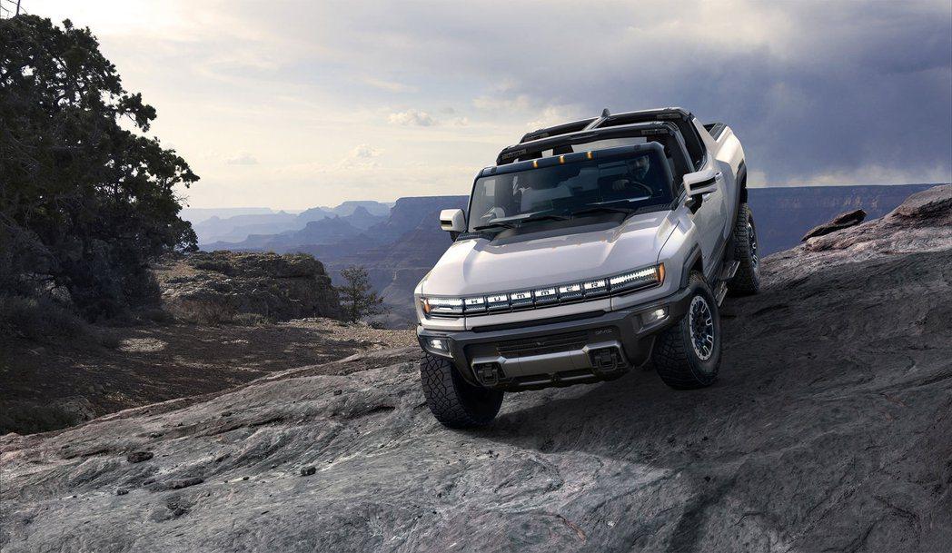 GM展示備受期待的悍馬電動皮卡。 摘自GM