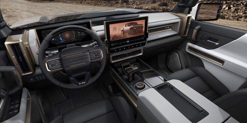 GM表示,預計2021年秋季開始生產這款悍馬電動皮卡。彭博