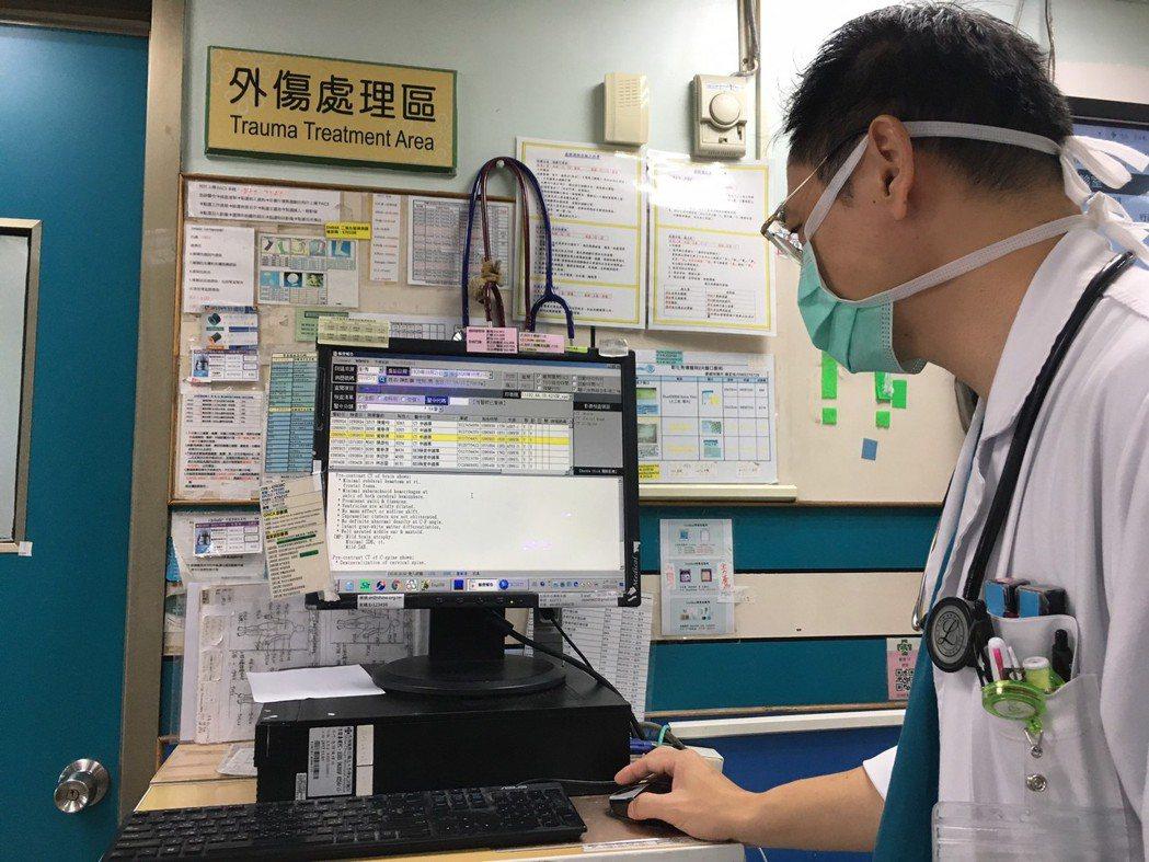 彰化秀傳醫院與AI(人工智慧)公司合作,透過AI的腦出血自動判讀,腦出血病人平均...
