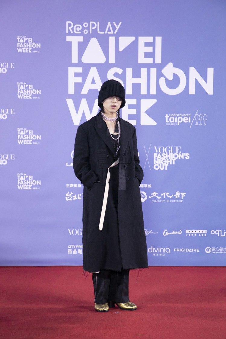 林宥嘉配戴TASAKI經典珍珠串鍊。圖/TASAKI提供