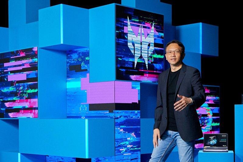 宏碁董事長陳俊聖昨天主持全球新品發表會。 宏碁/提供