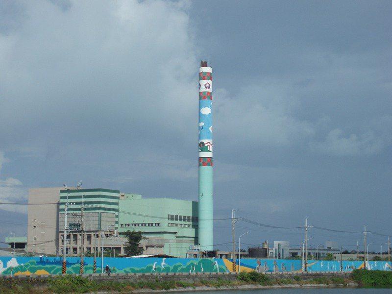 位在台南市安南區的城西焚化爐,最快明年中發包蓋新爐。圖/台南市府環保局提供