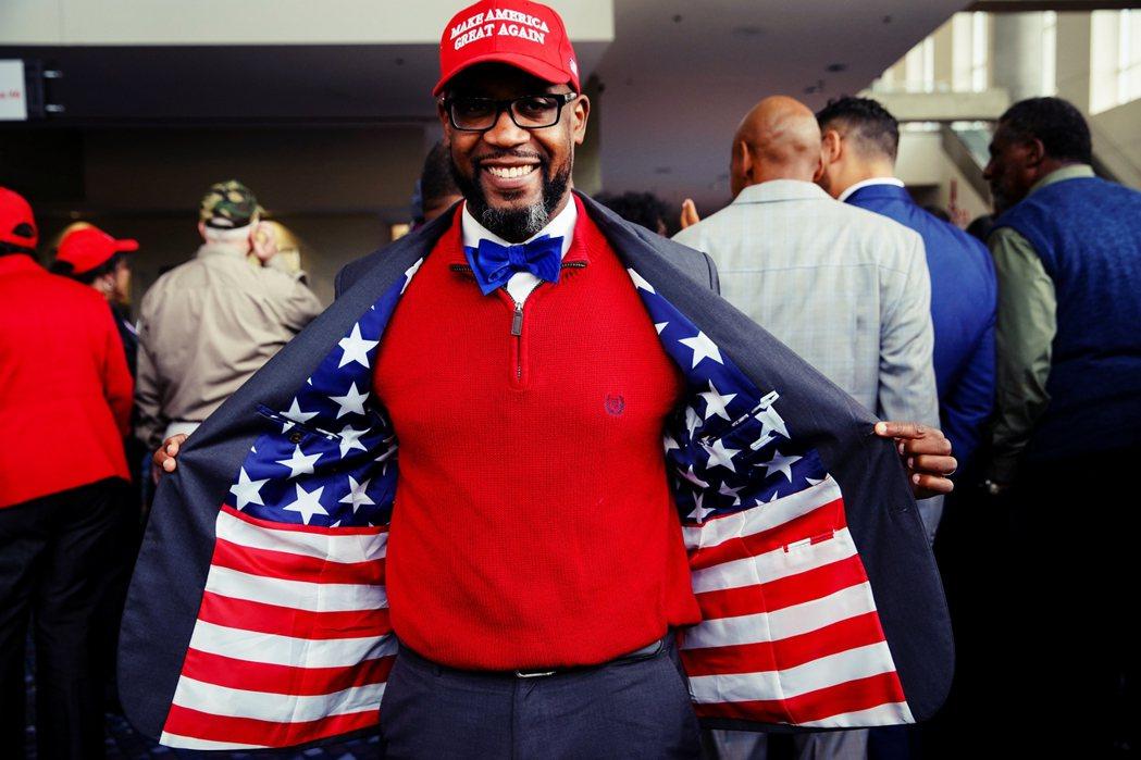 黑人之中也不乏有共和黨的支持者,甚至「黑人川普粉」的存在。 圖/路透社