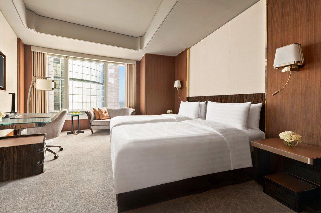 香格里拉台北遠東豪華客房雙人週日至五住宿乙晚2999元14折。業者/提供
