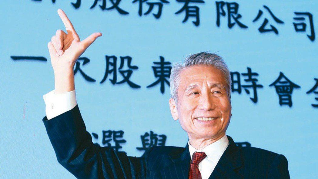 三圓建設董事長王光祥主導的大同市場派共拿下七席董事。記者蘇健忠/攝影