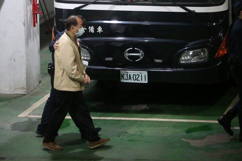 退役軍情局上校張超然涉共諜案,遭台北地檢署聲押。北院審理後,裁定羈押禁見。記者胡經周/攝影
