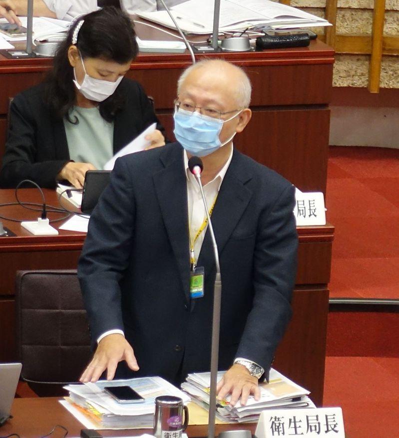 高雄市衛生局長黃志中說,辦不辦大型活動,擬以全台社區疫情來決定。記者楊濡嘉/攝影