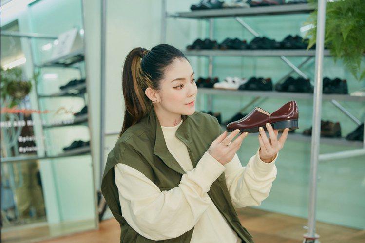 歐陽靖出席plain-me「革靴勿論」快閃活動記者會。圖/plain-me提供