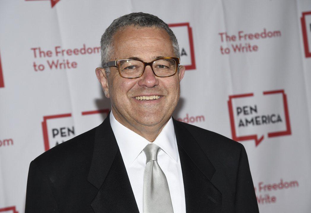 《紐約客》(New Yorker)雜誌作家,同時也是CNN首席法律分析師圖賓(J...