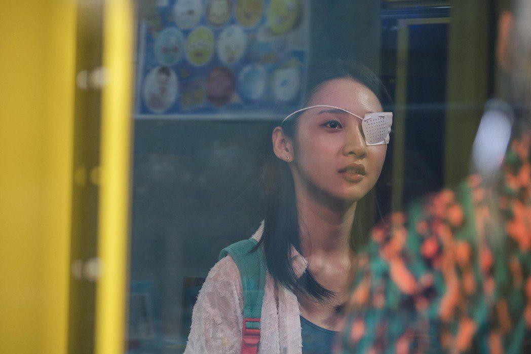 青虫aoi台語新歌「無你的故事」MV邀來金鐘新人李沐演出女主角。圖/青虫aoi提...