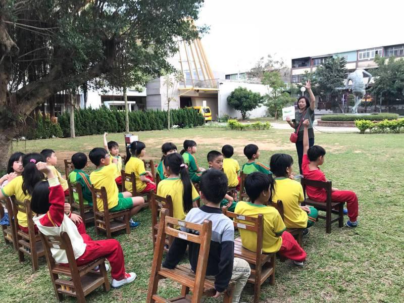 台中市教育局表示,將研擬找儲備教師投入公立小學課後輔導,讓家長接送更彈性。圖/台中市府提供
