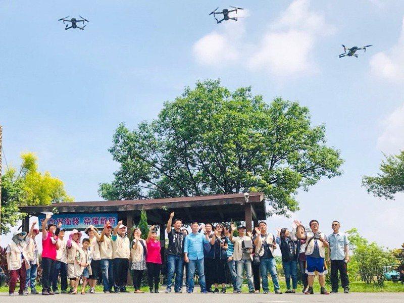 政府使用無人機作業,可將平面化的城市治理變立體化。圖為虎尾鎮公所的救災無人機隊。 圖/聯合報系資料照片