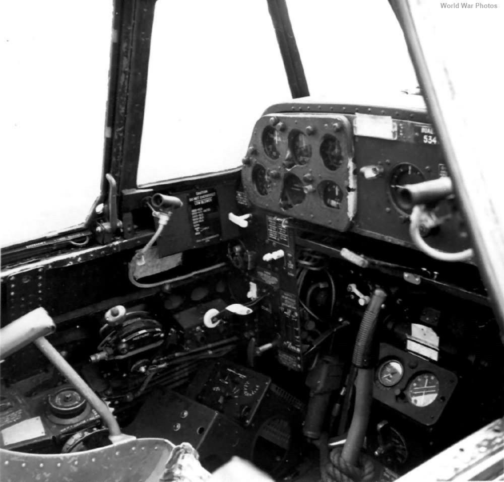 TBM復仇者式魚雷轟炸機的飛行員座艙。  圖/取自WorldWarPhotos