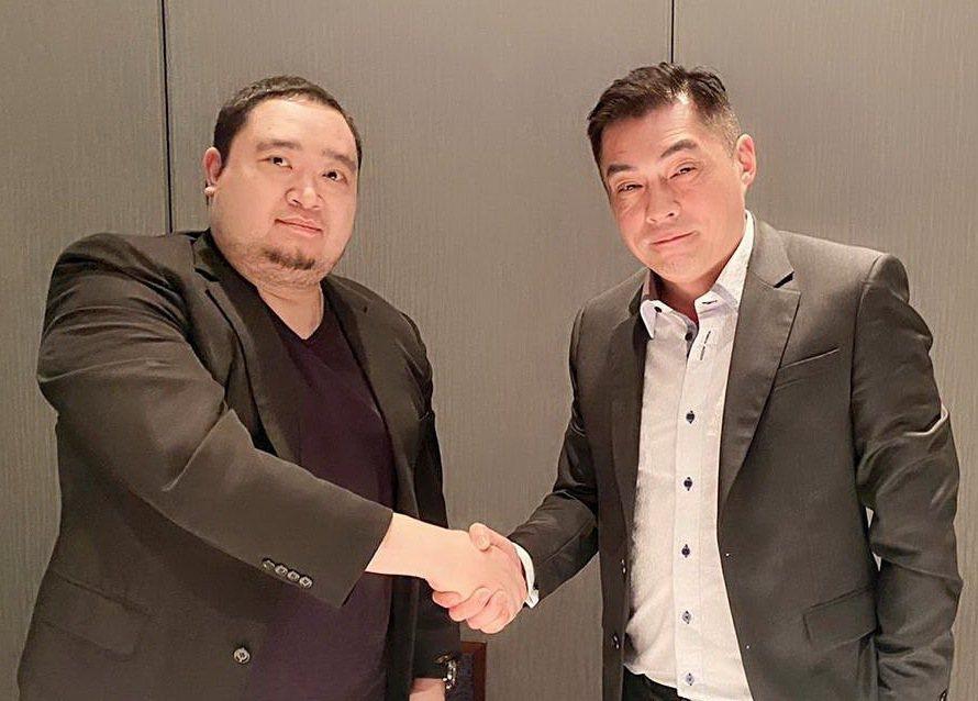 SGCI董事長張鼎欣(右)與寶碩董事長白介宇攜手合作。 SGCI/提供
