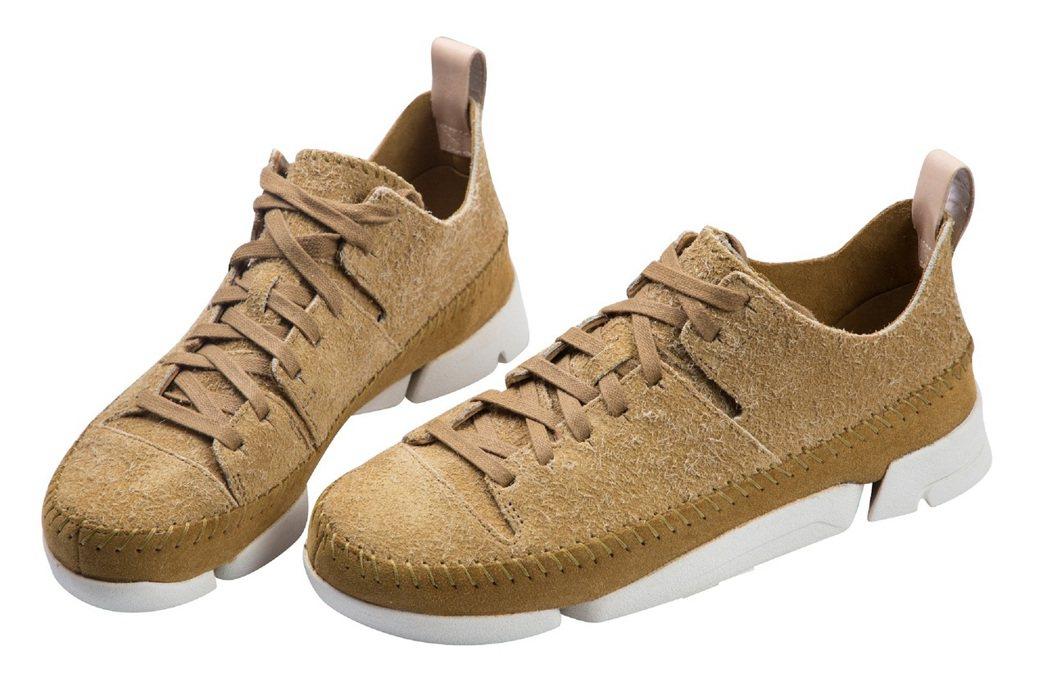 週年慶話題最熱最搶手休閒運動鞋款,內湖1館賣到翻天2.8折的Clarks休閒鞋,...
