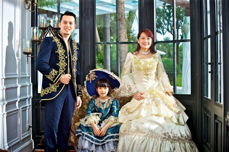 在宜蘭香格里拉可免費體驗歐式宮廷服,到花園裡拍攝網美照。 業者/提供