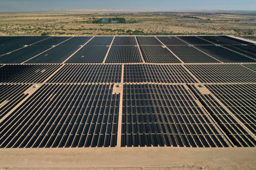 美國太陽能產業協會(SEIA)呼籲同業將供應鏈撤出新疆。路透
