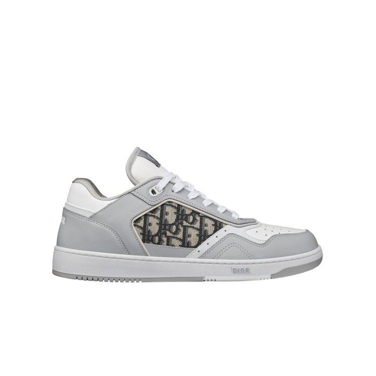 B27灰白光滑小牛皮與DIOR Oblique緹花低筒休閒鞋,32,000元。圖...