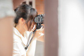 夏姿飛入故宮特展畫蝶篇 新銳攝影師Kelaer Huang掌鏡