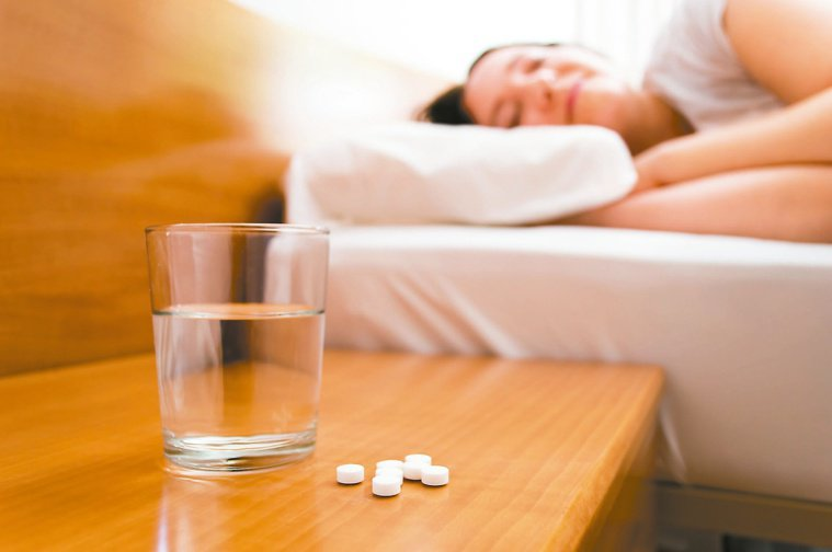許多民眾常常一到診間便要求醫師開立安眠藥。圖/123RF