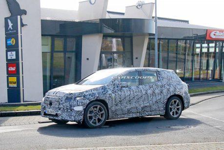 全新Mercedes-Benz EQS SUV紐柏林現蹤 內裝同步曝光!