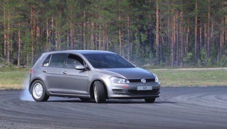 影/VW Golf甩尾畫面太衝突!它到底改了什麼?