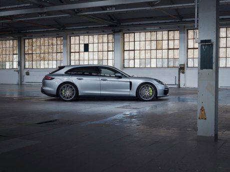 Porsche發表最強動力二哥!2021年式Panamera Turbo S E-Hybrid登場!