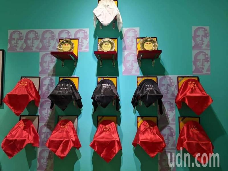 台北市立美術館展出的藝術家梅丁衍作品「哀敦砥悌」。記者楊德宜/攝影