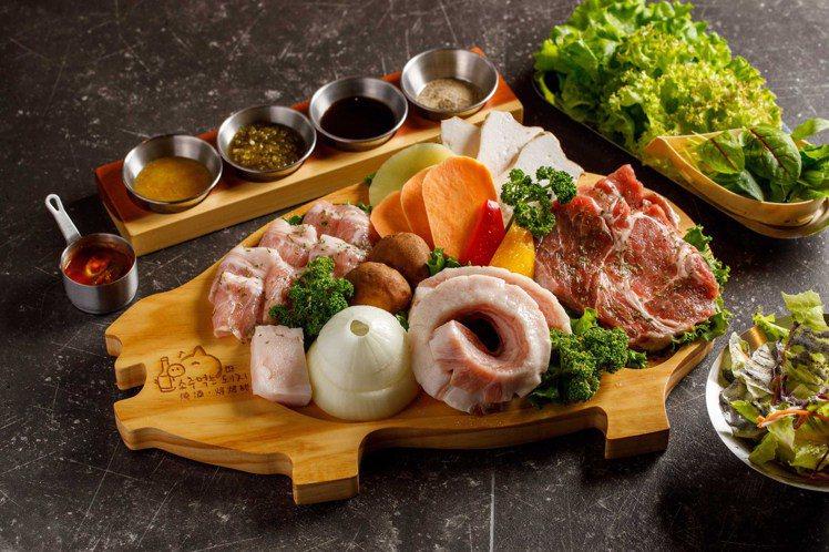燒酒烤烤豬10月30號正式於東區開幕。圖/燒酒烤烤豬提供