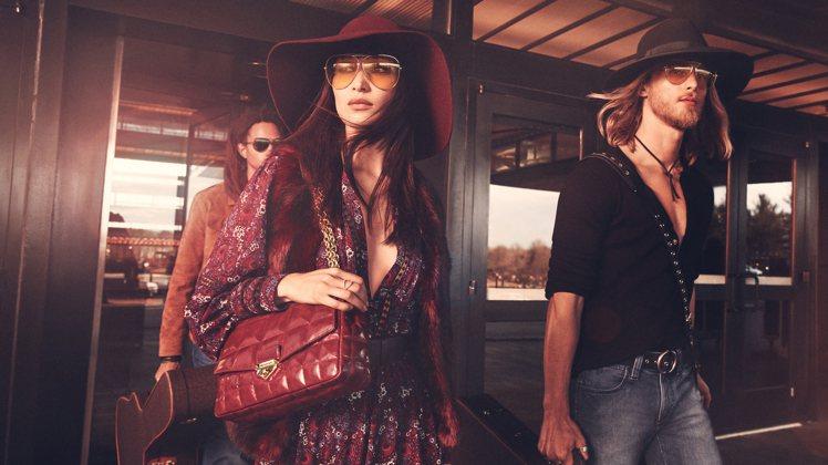 超模Bella Hadid詮釋MICHAEL KORS Collection的秋...