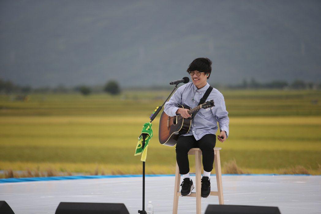 盧廣仲最近忙於籌備專輯,藉池上開唱紓壓。記者陳睿中/攝影
