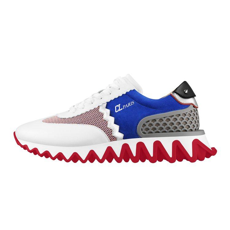 Christian Loubutin的Loubishark系列鞋款,還有多種顏色...