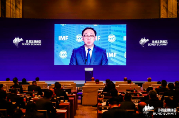 IMF副總裁張濤稱,大陸地區貿易量已占亞太地區貿易總量逾20%,大陸經濟復甦將為...