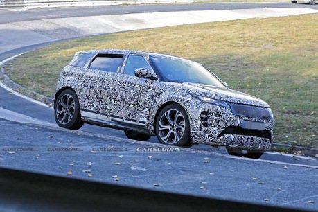 2021 Range Rover Evoque紐伯林偽裝測試 好像變長了?