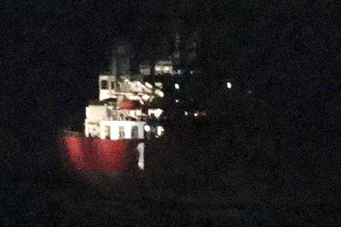 不過,仙女座號出港後,在大西洋航行了20多天,船員似乎都沒發現『船上出現偷渡客』...