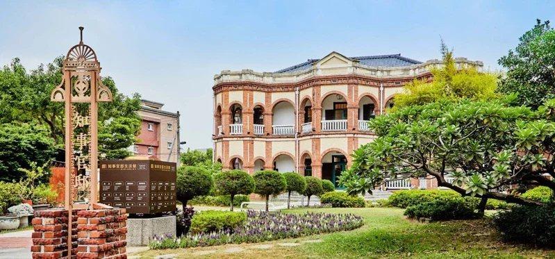 台南市政府委託安提阿設計團隊,歷經一年策劃籌備,保留古蹟原貌並融入現代時尚,全新...