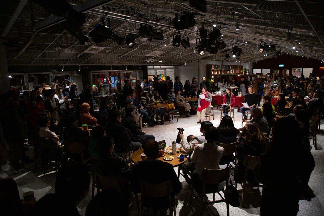 南村劇場「非典型展演空間」的設定就是希望帶給觀眾對劇場有更多的想像。小規模製作的...
