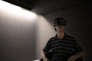 跟100年後的觀眾對話:全明遠的「時空膠囊-VR攝影計畫」