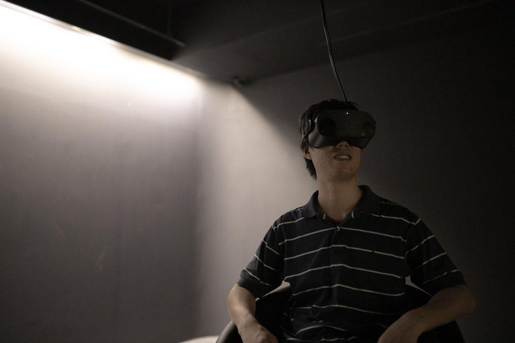 Funique VR技術總監全明遠,以「時空膠囊-VR攝影計畫」對紀實攝影提出嶄...