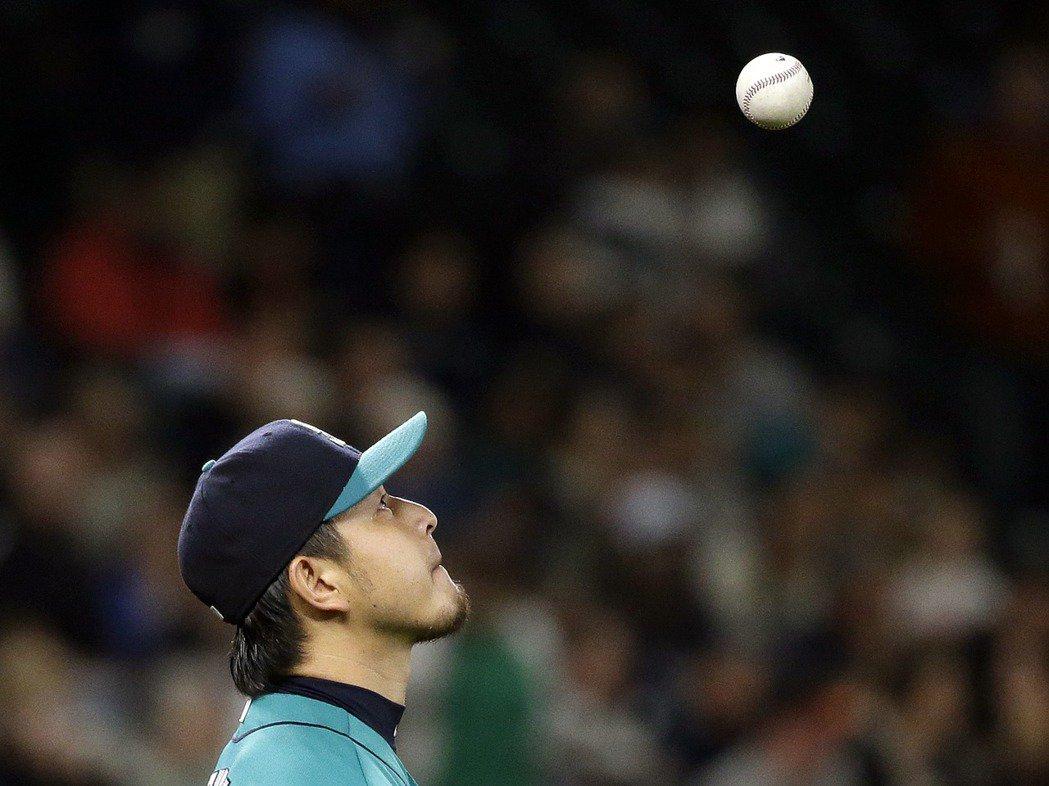 從小學接觸棒球後,岩隈就開始對投手產生興趣。 圖/美聯社
